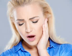 Symptoms of TMJ.